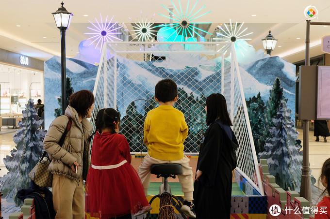 哈利波特走进重庆来福士,再现4大标志性场景,周边商店令人失望