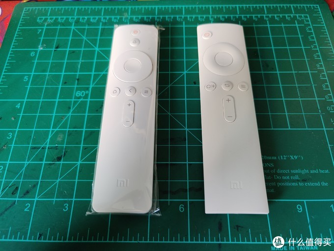 左小米盒子4S Pro,右小米盒子3增强版