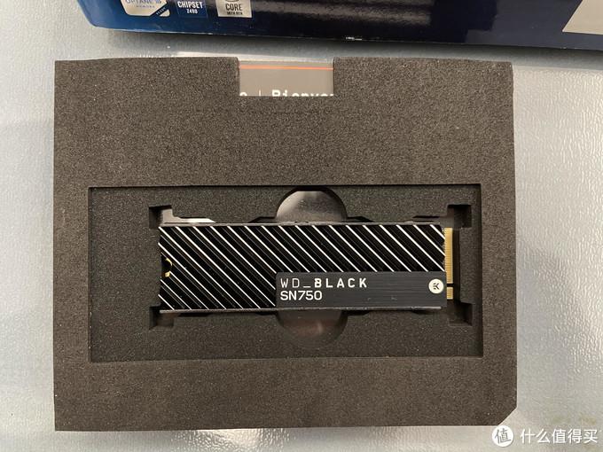 包装的很漂亮的ek版sn750