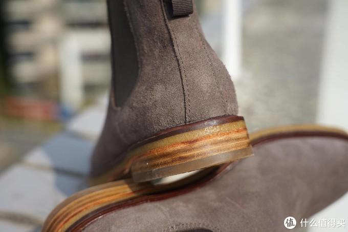 经典的造型演绎别样的魅力,Clarks切尔西靴
