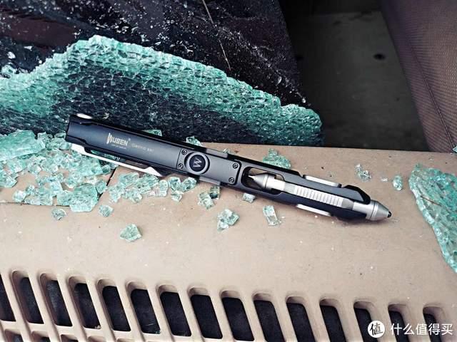 不能书写流畅的手电不是好破窗器:务本E61小壁虎多功能战术笔