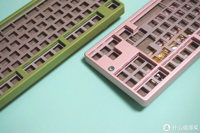 两把键盘就已经上万?Matrix 2.0Additional牛油果配色客制化键盘开箱展示