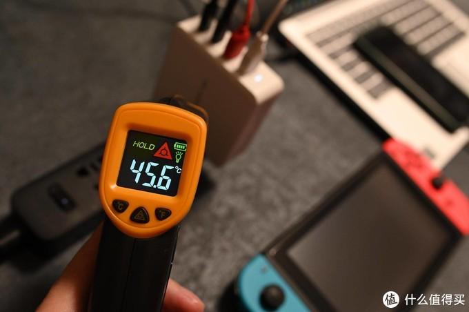 从5W到100W的时光 -- MOMAX 小白100W氮化镓充电器小晒