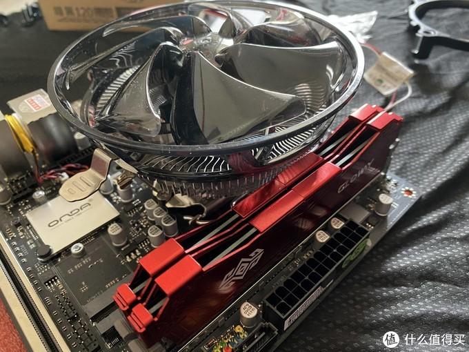 """""""好色之徒""""装机秀:把10100F和昂达H410 ITX塞进乔思伯T8"""