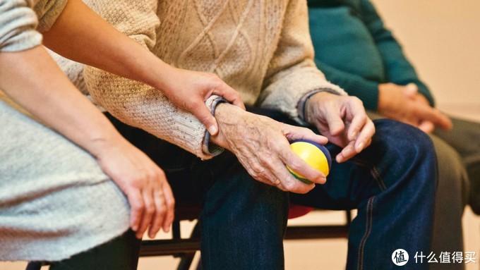家有老人装修必看:别只考虑自己,11件必备适老化产品,让他们在家体面又舒心