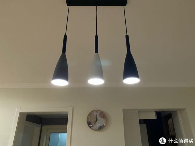 这三个灯泡换成了小米灯泡蓝牙mesh版