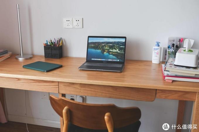健康关注从小抓起,上手乐歌E5,一款适合全年龄的人体工学书桌