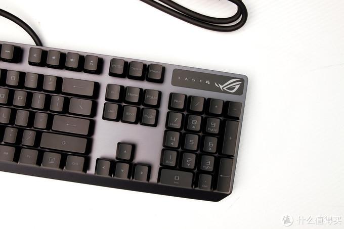 【擺评】信仰之眼的键盘果然不同凡响-ROG游侠RX开箱评测
