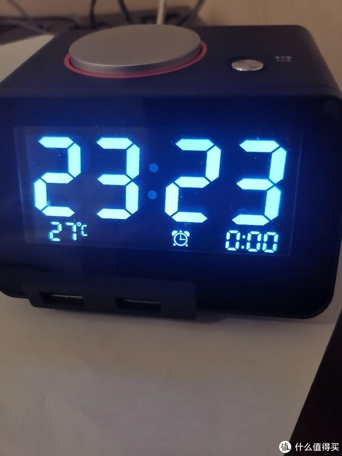 一款人性化的电子闹钟