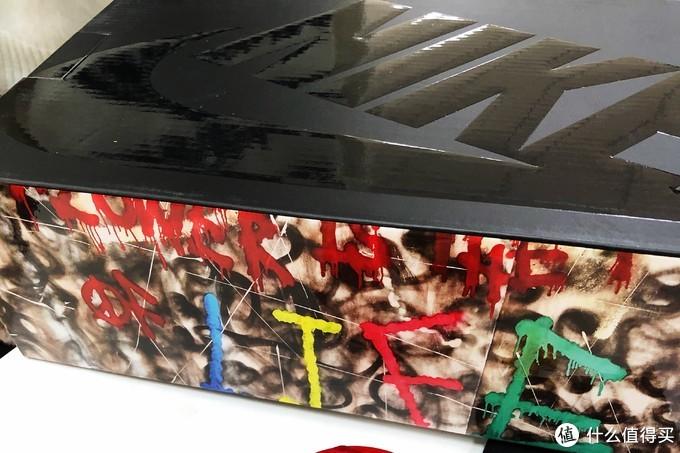 鞋盒侧面涂鸦风,挺有特色的