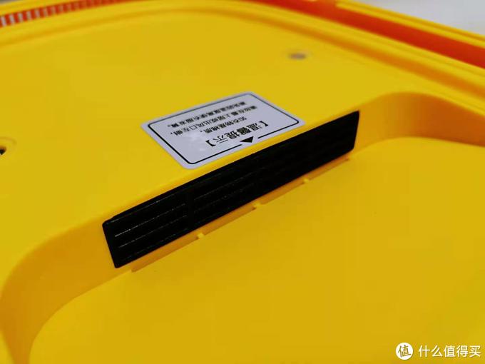 消毒烘干盒值得买吗?评测三款市面上超火的网红消毒干衣盒 每一分钱都要花在刀刃上