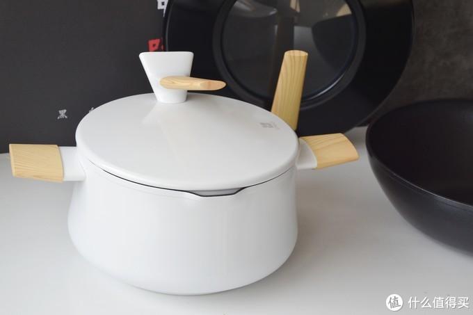看《中餐厅》,用同款锅具,质优国货——三禾黑白双娇系列