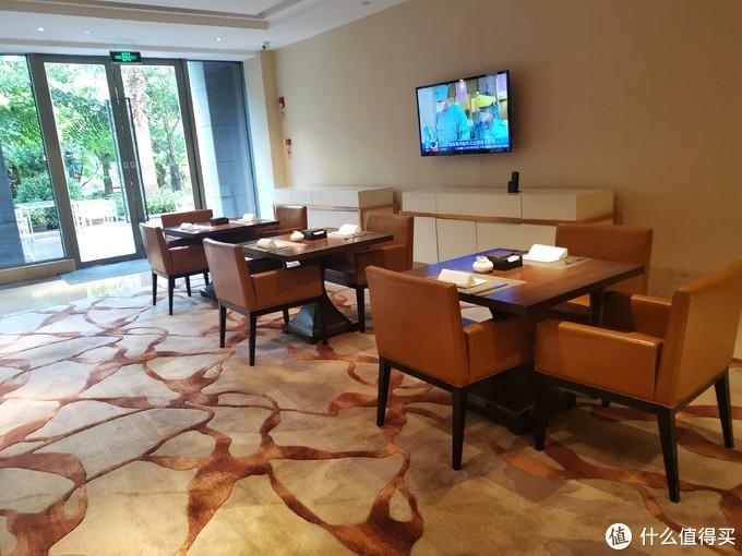 行政酒廊的就餐环境