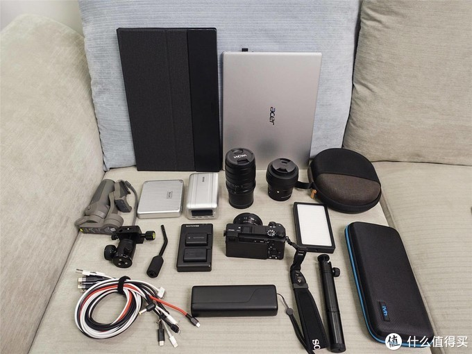 更显专业范,乐摄宝风行三代250双肩相机包专业版体验