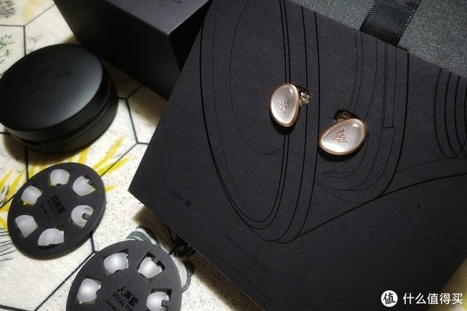 频频点赞、好评如潮的威泽HE01双腔体动圈耳机到底如何?
