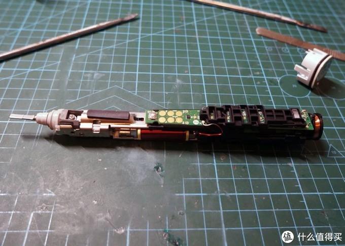 HX930电动牙刷拆解维修