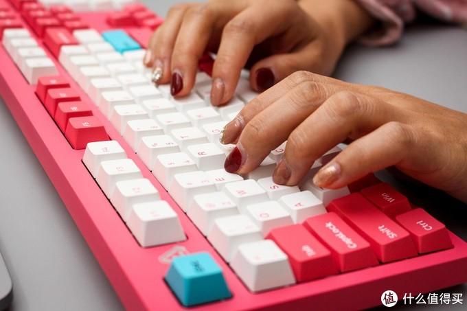是你想要的个性没错了~Firstblood B27 机械键盘体验