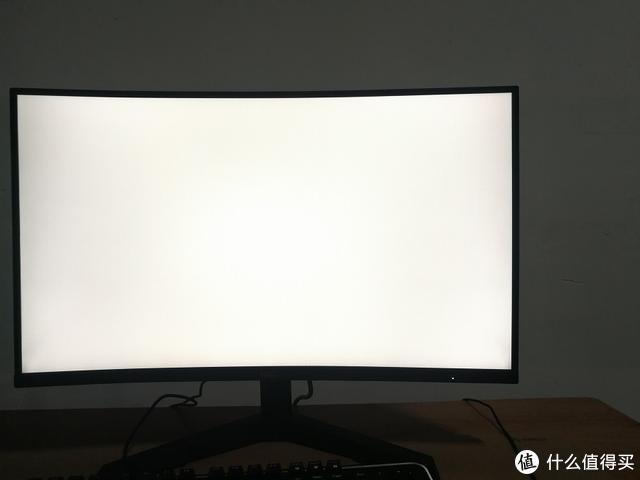 千元曲面屏之王!1800R+144Hz,HKC SG27C曲面显示器评测