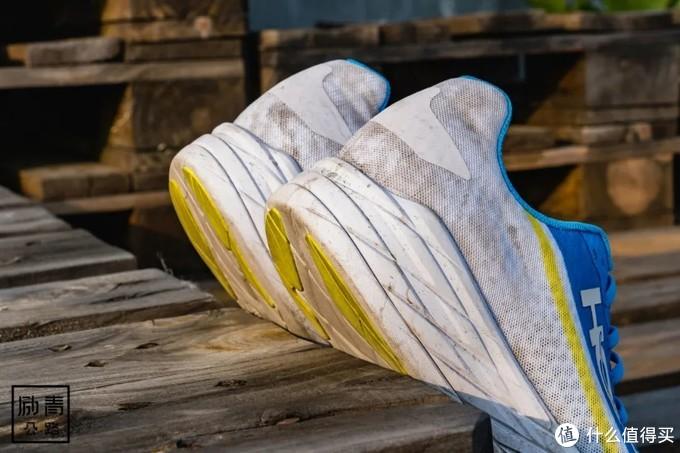 Rocket X 会是一双需要「劝退」的真香系列跑鞋吗?