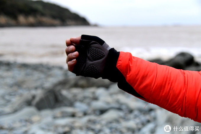 中间层抑或日常穿着试了都行,值得买的Gearlab高蓬羽绒服推荐