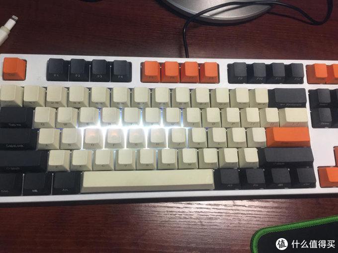 平(qiong)民(ren)客(D)制(I)化(Y)凯酷87机械键盘