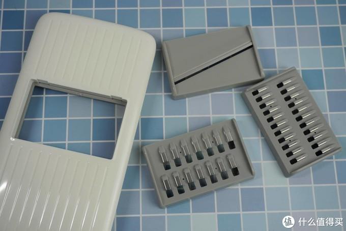 厨房用品大升级!火候刨丝器+砧板开箱评测:双面砧板有点秀