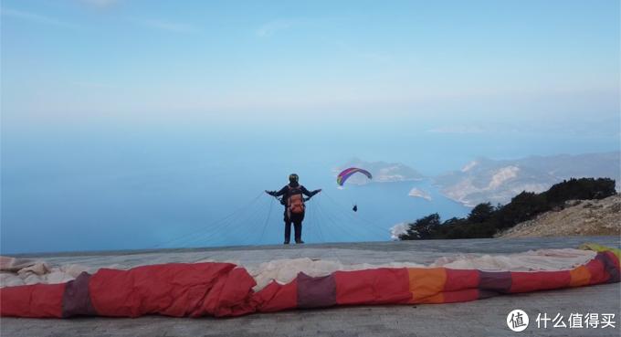 在卡帕多奇亚看热气球,在费特希耶玩滑翔伞,完美的土耳其之旅!