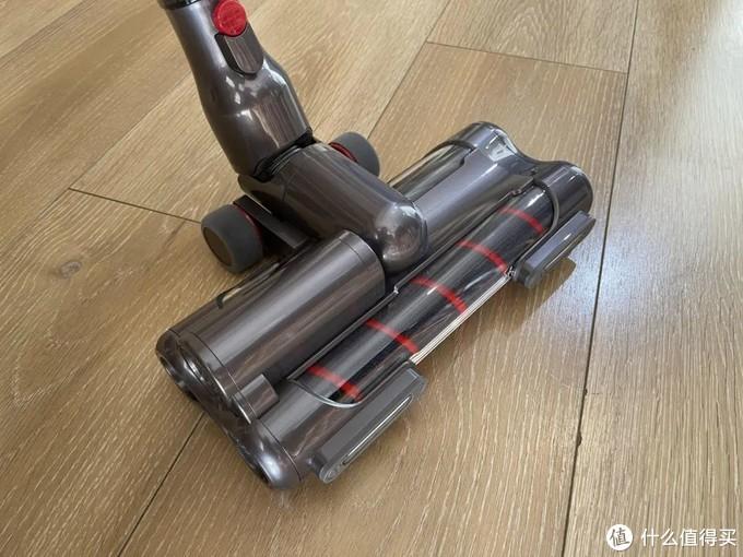 智能除尘、磁吸尘杯——小狗T12 Plus一款与众不同的无线吸尘器