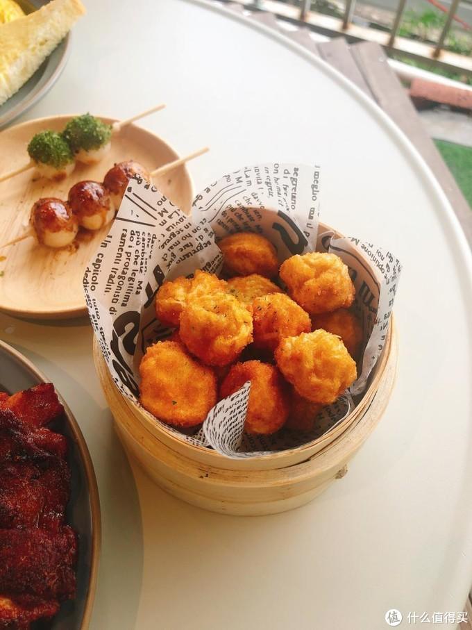 重庆这家超级火的网红餐厅,开在集装箱里,打卡必去