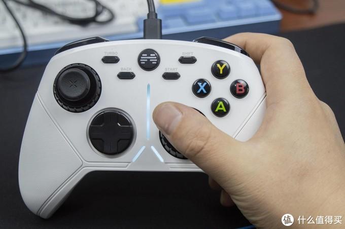 悦于指上,畅享游戏:北通阿修罗3无线游戏手柄开箱体验
