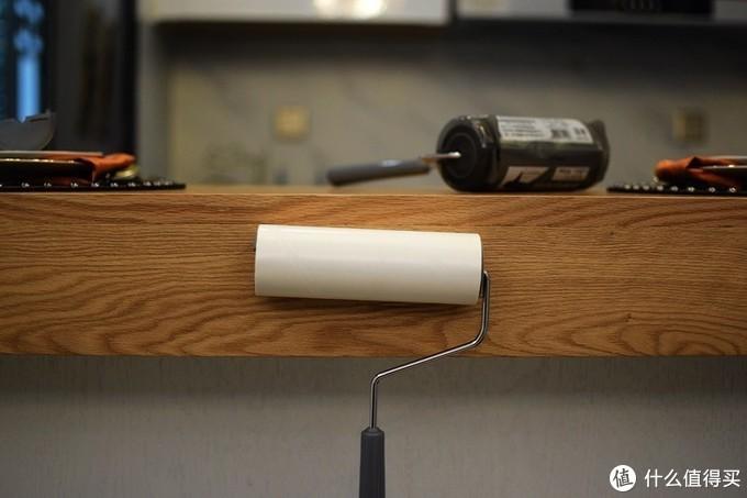 解决清洁难题 爱丽思带盖滚筒粘毛器