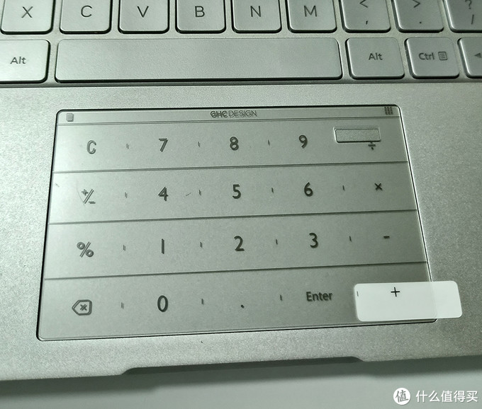 笔记本触摸屏的黑科技——拉酷Nums超薄智能键盘