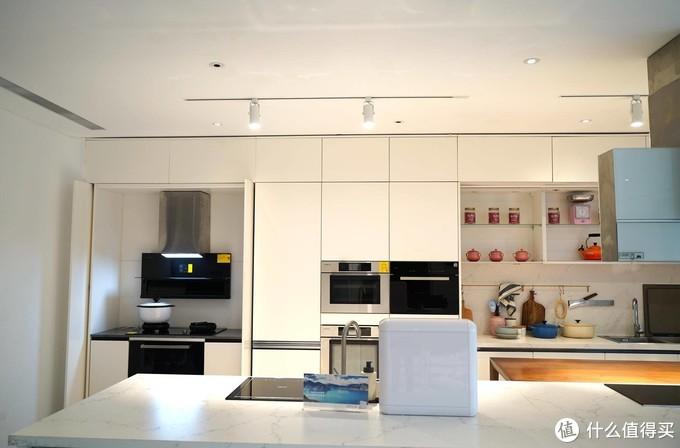 厨房新宠水槽洗碗机,解放我们厨房的水槽空间
