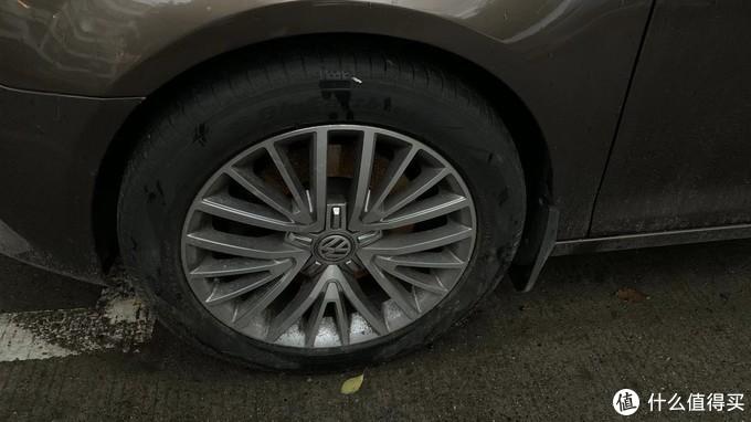 多幅,加上可以遮挡螺丝的轮毂盖,显得档次高多了