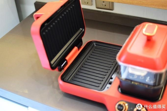 煎烤蒸煮焖烙百变轻食 无言家用多功能早餐机