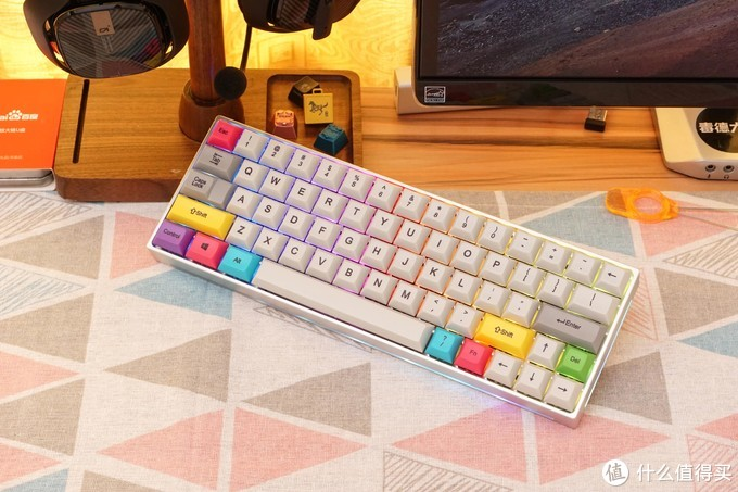 让你的桌面与众不同,聊聊市售非常规配列机械键盘之60%键盘