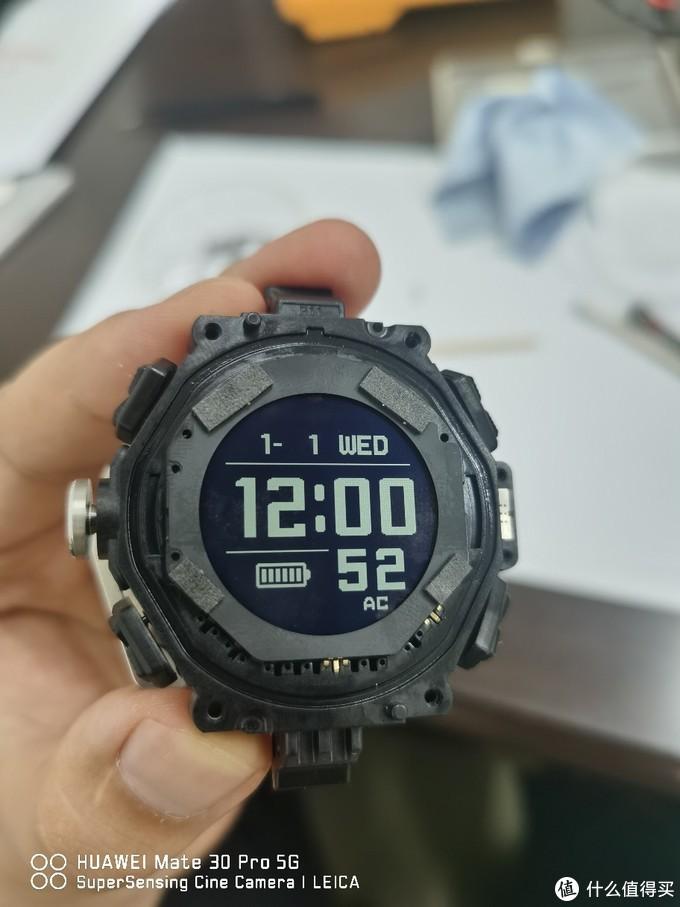 以小空霸GA-1000为例的卡西欧G-SHOCK手表换电池+保养图文