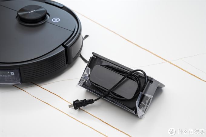 用扫地机器人给新家开一次荒是什么感觉?2K价位的科沃斯 N8 PRO扫拖一体机体验