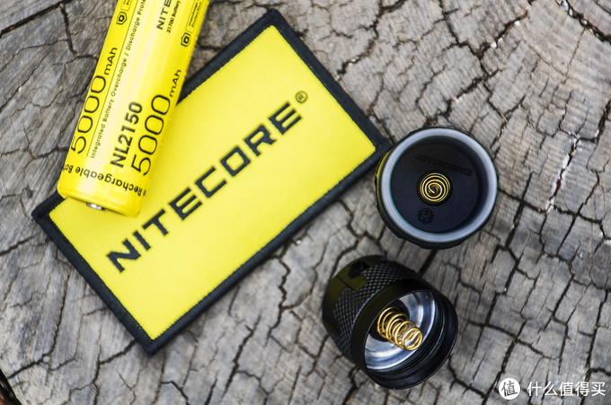 全新升级,体验强光攻坚:奈特科尔MH12S全能手电