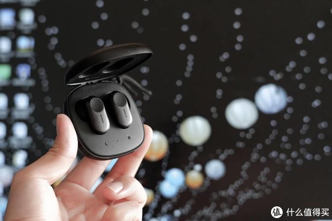 不仅有主动降噪,还有通透模式,长得像索尼的诺基亚对标AirPods Pro?