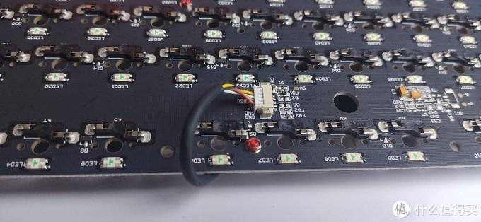 目前最强87配列客制化套件?极客外设GK87S+凯华杜若轴组装评测