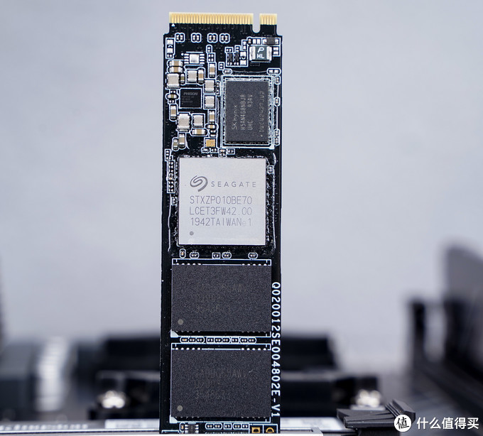 别再花冤枉钱了!撕下贴牌SSD的画皮:如何快速确定贴牌SSD的性能等级
