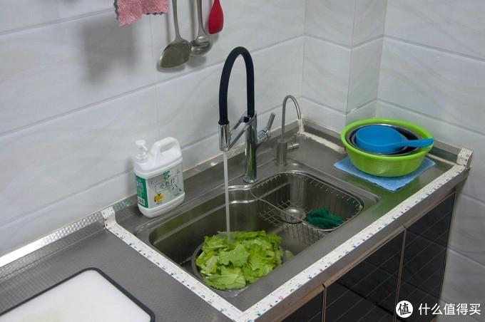 万向2种水花支持快装,颜值做工一流,大白U悦感应厨房龙头升级体验