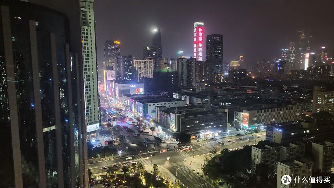 华强北夜景—酒店窗户自摄