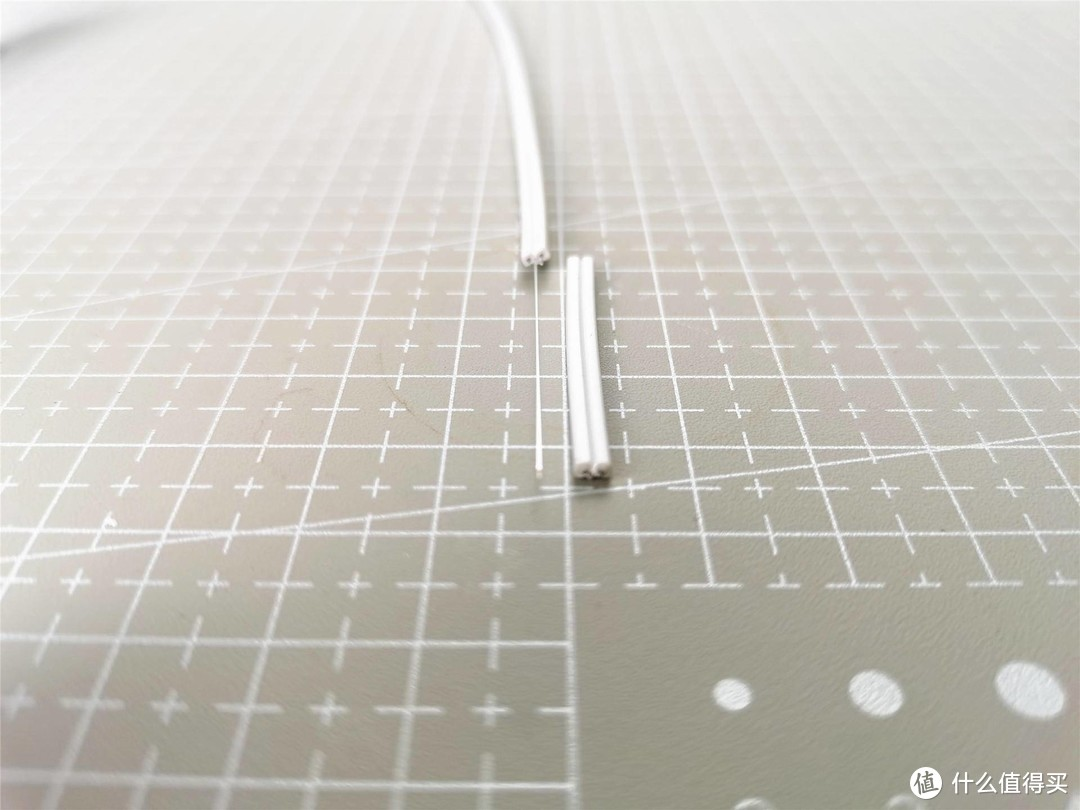 DIY必备!皮线光缆专用,让光纤入户简单,开剥光缆快速更不伤光纤