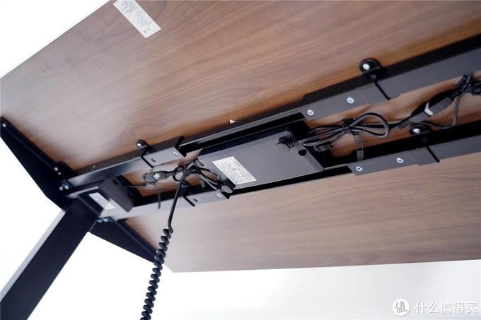 网易严选电动升降桌体验--智能升降,缓解你办公疲惫!