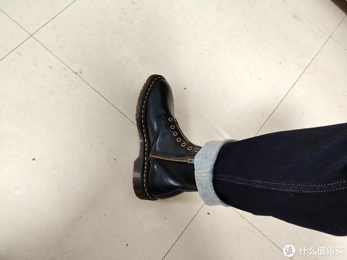 国货也不错,西部鞋神英伦拉链茶心油腊皮马丁靴 体验