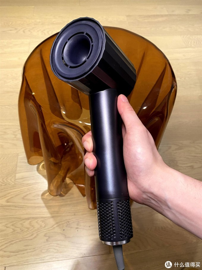 买了不心疼!入手自己的第一个高速吹风机,449元的大未高速吹风机快速上手