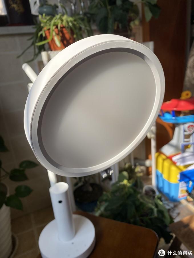 小白智能看护灯丨可看可说,科技如何平衡隐私和看护关系,这盏小灯也许会给你一些启示!