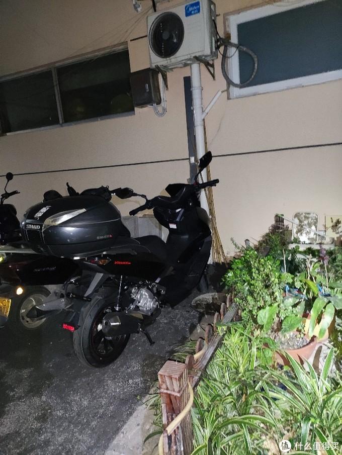 龙嘉VMAX 300 踏板摩托车part1 简单晒车